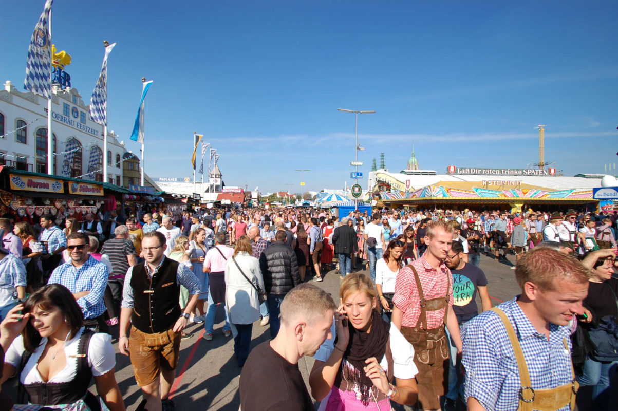Hofbräu Festzelt reservieren | tischreservierung-oktoberfest