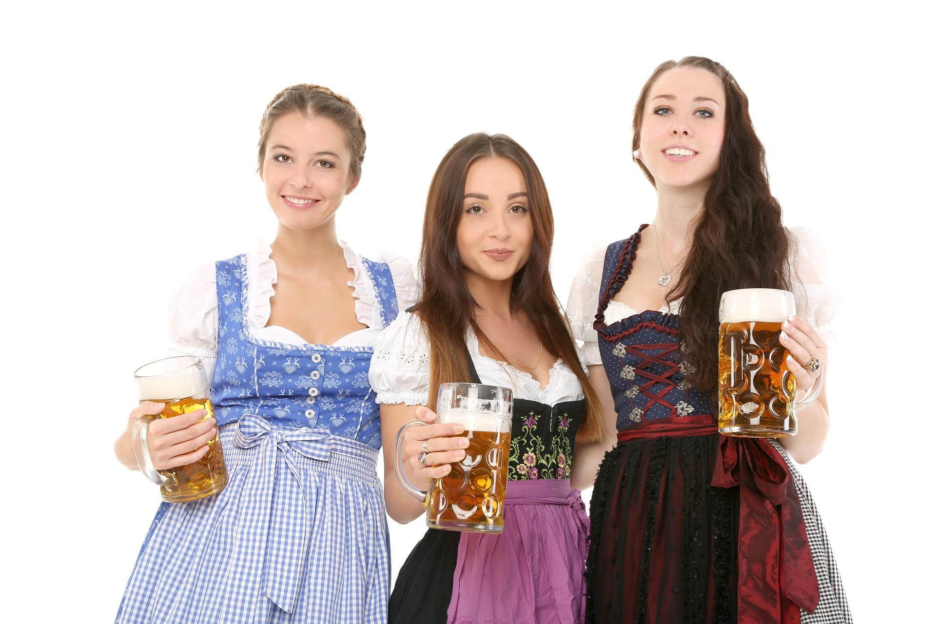 Die 5 häufigsten Oktoberfesttypen Freundinnnen